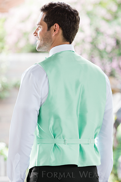 Make Your Wedding Colorful with a Herringbone Fullback Vest - JFW