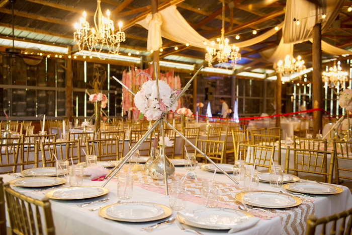 Rustic Wedding - Barn Decor Ideas