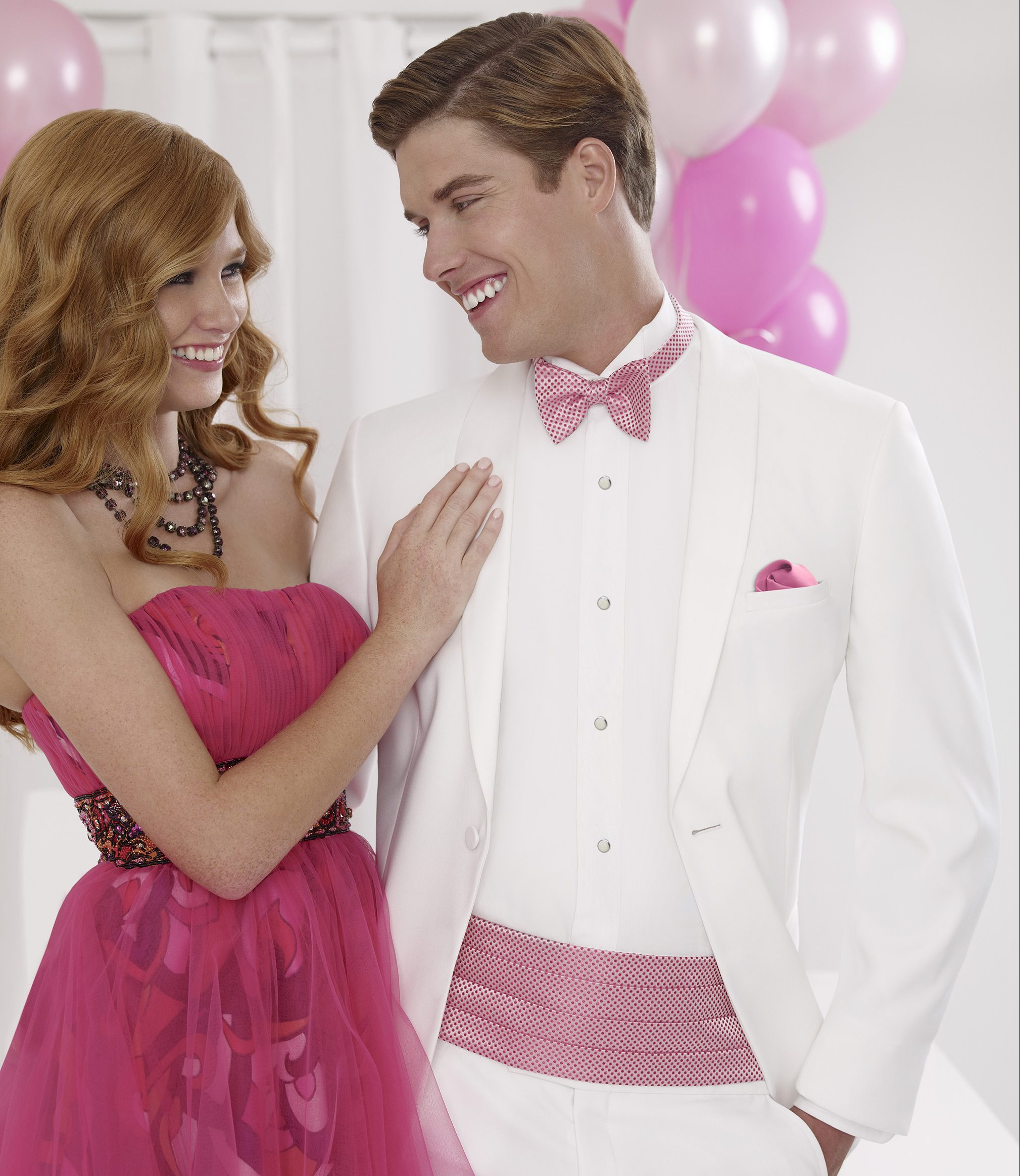 how to wear a cummerbund pink prom