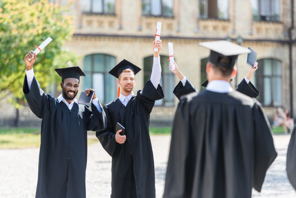 dressing for graduation: Graduation Suits