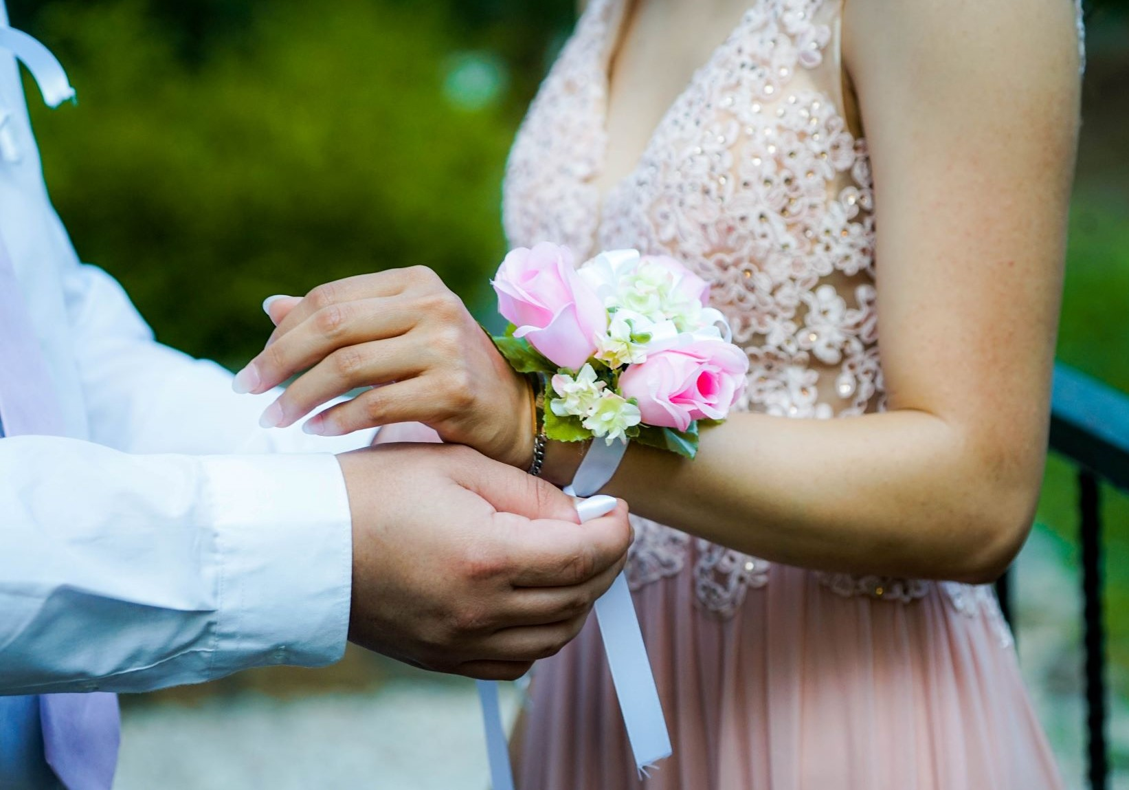 Best Promposal Ideas - Corsage