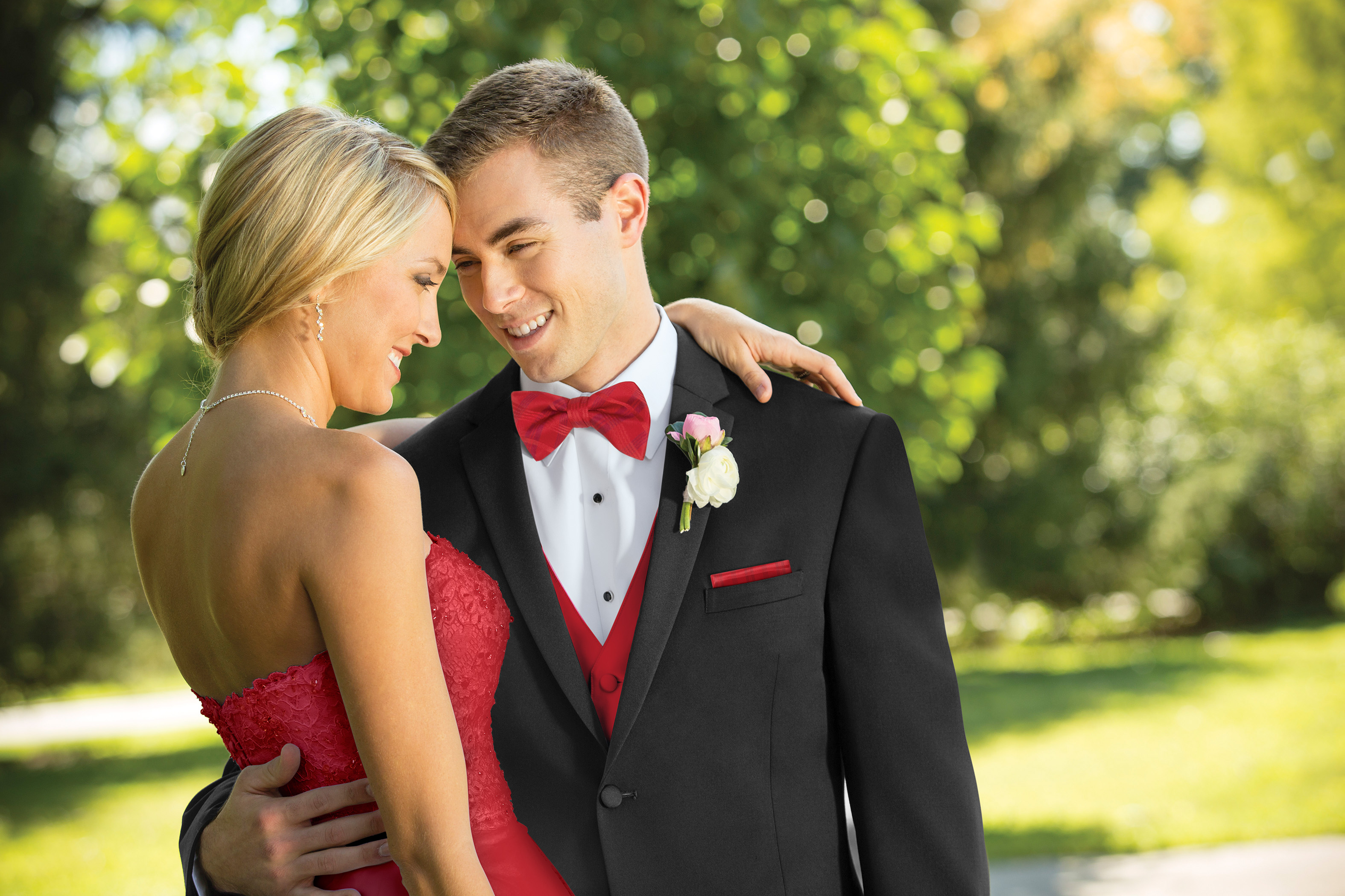 How to match a tux to a prom dress